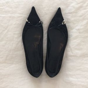 Gucci pointed toe flats